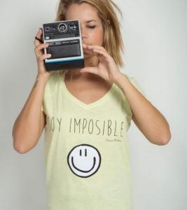 Camiseta Victoria Rockera
