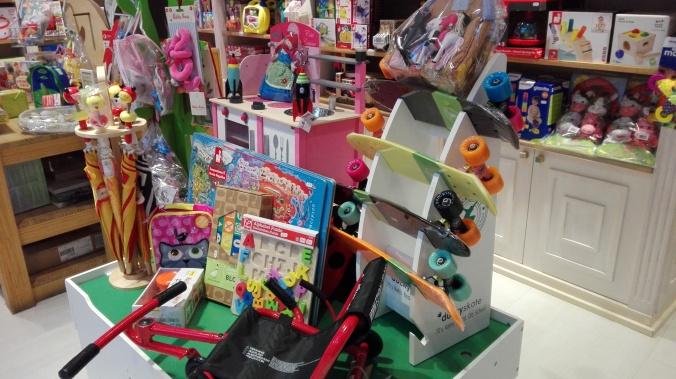 Tienda y juguetes