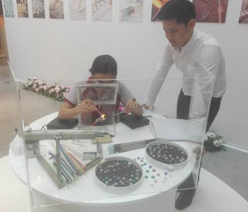 Jojas Pandora, artesanos tailandesdes